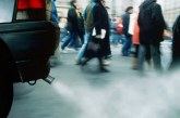 Românii plătesc de trei ori mai mult pentru o maşină rulată adusă din Germania