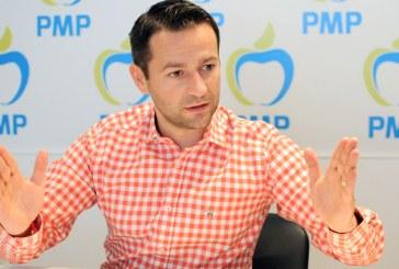 "Adrian Todoran, presedintele PMP Maramures: ""Ponta si PSD dau banii romanilor la straini"""