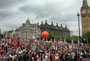 Manifestatie masiva anti-Brexit la Londra