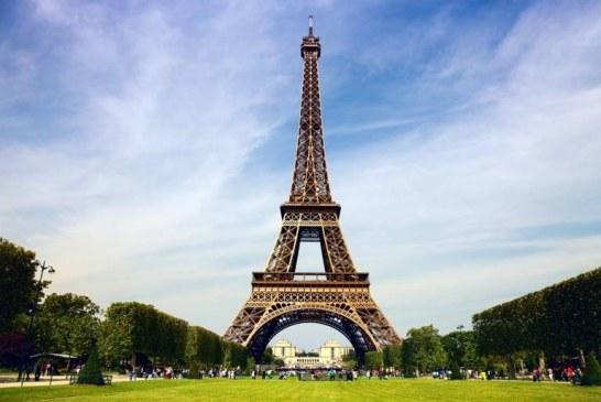 Turnul Eiffel a fost vizitat de 300 de milioane de persoane de la inaugurarea sa in 1889