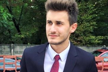 """Zmenta, un tanar din Baia Mare, a fost desemnat """"Personalitatea online a anului"""""""