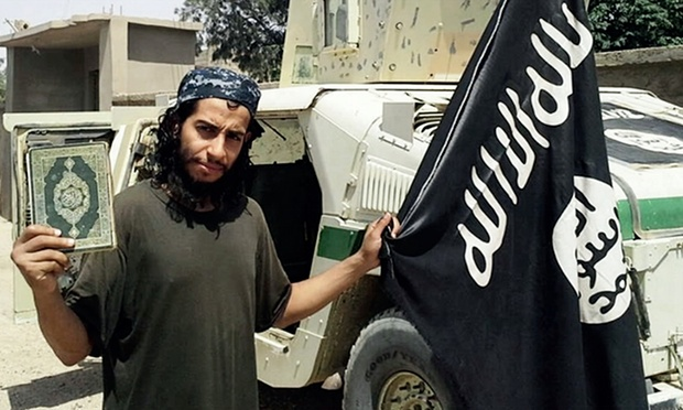 Principalul suspect in planuirea atacurilor de la Paris a fost ucis