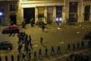 Franta: Peste 100 de persoane retinute dupa protestele de la Paris