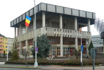 Zamfir Ciceu asteapta preluarea Casei Tineretului pentru a o moderniza