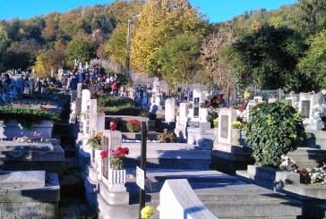 Mizerie, delasare si lipsa de implicare in gestionarea cimitirelor. Cine este responsabil?