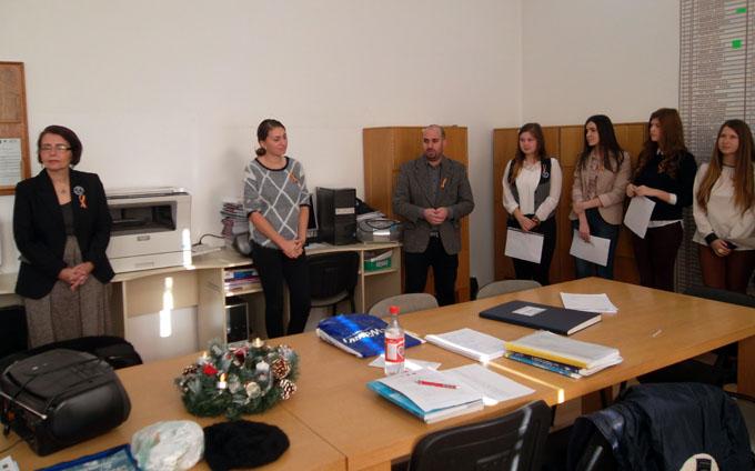manifestare 1 decembrie colegiul gheorghe sincai (2)