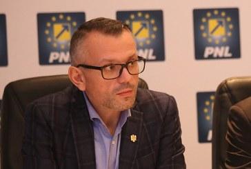 Primari liberali din Maramures, momiti cu bani de alte partide, spune Ovidiu Nemes