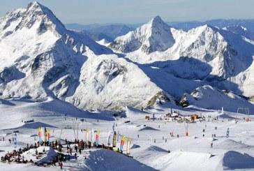 Alpii francezi: Piste de schi acoperite cu zapada adusa cu elicopterul