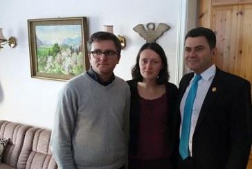 Parlamentarii romani, acasa la familia Bodnariu. Fotografii impresionante facute in camerele copiilor