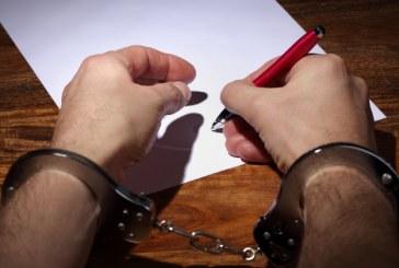 Editorial: Prostitutia academica compromite Romania