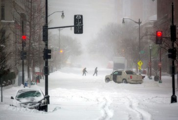 """Furtuna """"Snowzilla"""" a acoperit Coasta de Est a SUA cu un strat gros zapada"""