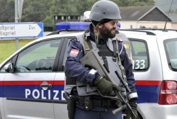 Austria: Politia a primit puteri sporite de investigare a potentialilor extremisti