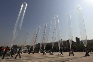 Coreea de Nord bombardeaza Coreea de Sud cu baloane cu gunoi