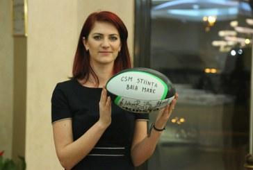 O minge cu semnaturile jucatorilor de la CSM Stiinta Baia Mare, cel mai licitat obiect la Balul Inimilor (VIDEO)