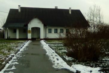Maramures: Biserica din curtea… dispensarului