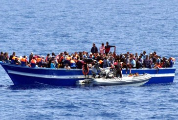 Italia: 51 de migranti au debarcat pe o plaja din Calabria, primii din acest an