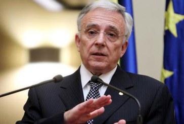 Mugur Isarescu a fost remunerat anul trecut cu peste 787.000 de lei pentru functia de guvernator
