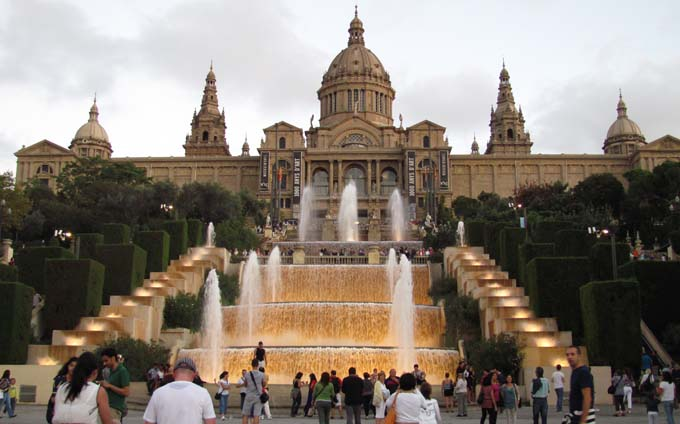 montjuic-fountain
