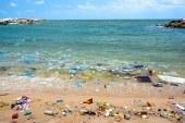 O companie germana afirma ca poate sa transforme deseurile plastice in carburant