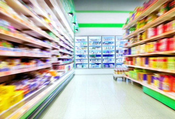 Furt intr-un supermarket si o benzinarie din Baia Mare
