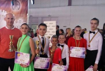 Prodance 2000 Baia Mare: 16 perechi in finalele Cupei Cetate Ardud, 7 medalii