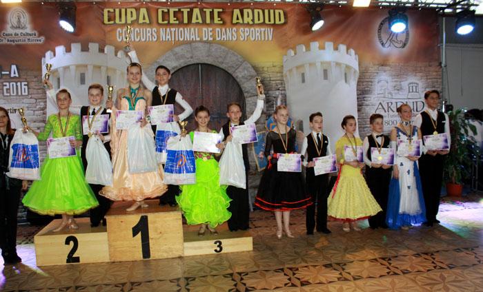 2. D 12-15 ani - Sebastian Silaghi & Dalia Barbos, Darius Frincau & Teodora Trufan, Alex Ripa & Riana Andreca