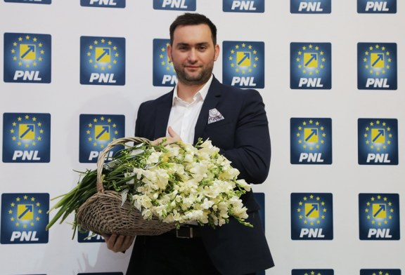 """""""La multi ani, doamnelor si domnisoarelor din Baia Mare!"""" Cu dragoste si recunostinta, avocat Cristian Niculescu Tagarlas (FOTO)"""