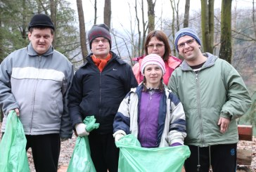 Mai putine gunoaie la Baraj Firiza dupa o actiune organizata ad-hoc de liderul PNL Baia Mare, Cristian Niculescu Tagarlas