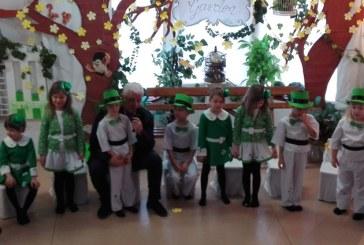Prefectul Anton Rohian a participat la serbarea de 8 Martiea grupei mari de la Gradinita Teddies