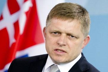 Premierul slovac: Daca Grecia nu opreste migrantii, Macedonia va trebui sa o faca