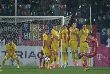 Fotbal: Romania a invins Lituania la limita