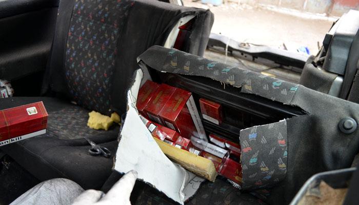 tigari contrabanda masina
