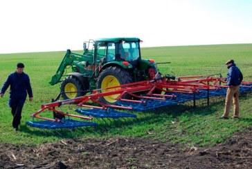 Fermierii vor primi un avans de 70% din subventiile pe suprafata, incepand din 16 octombrie