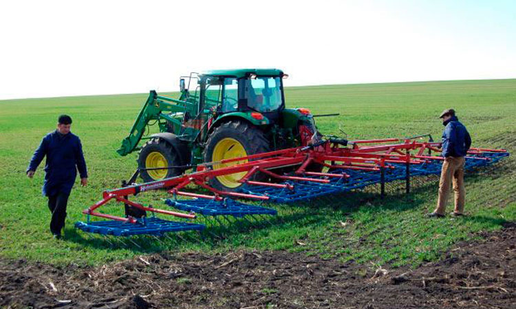 APIA incepe luni controlul in teren la peste 60.000 de fermieri pe cererile unice depuse in Campania 2019