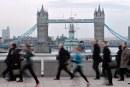 MAE: Recomandări pentru lucrătorii români din Marea Britanie, în contextul pandemiei de coronavirus