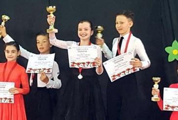 Dans sportiv: Afla rezultatele obtinute de Rus Team Baia Mare la Cupa Clujului si Cupa Spria Top Dance