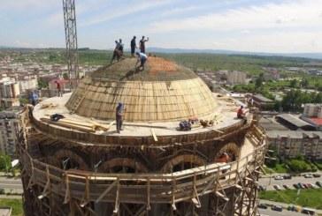 Zi istorica pentru Catedrala Episcopala.  Ziua in care s-a incheiat turnarea betoanelor la cupola Catedralei