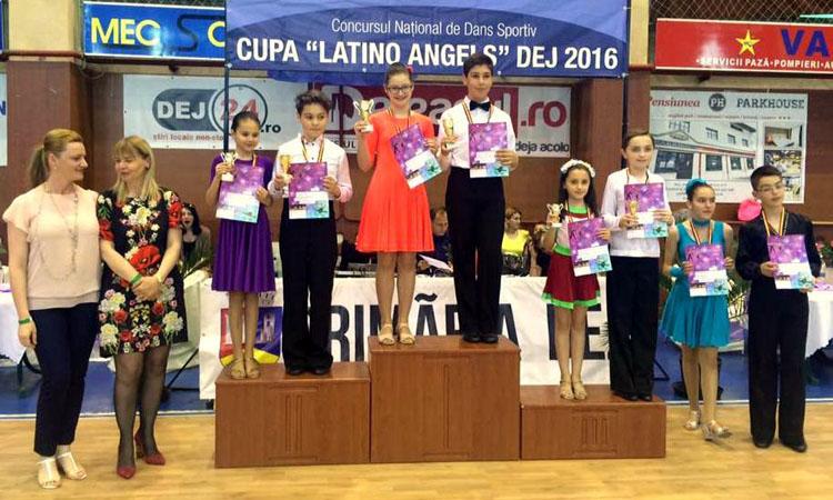 Precompetitional, 12-15 ani, 3 dansuri - Andrei si Lorena