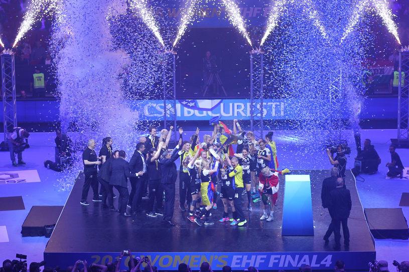 CSM Bucuresti castiga meciul de handbal contra echipei Gyori Audi ETO KC, din cadrul Turneului Final 4 al Ligii Campionilor de la Budapesta din 8 mai 2016. SEBASTIAN TATARU / MEDIAFAX FOTO