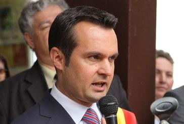 "Dosar de politician: Liberalii l-au imbratisat pe ""penalul Chereches"" (VIDEO)"