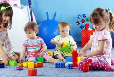 ÎN VACANȚĂ – De luni, 47 de grădinițe din județ își deschid porțile pentru copii