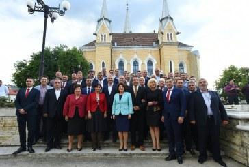 Gabriel Zetea: Candidatii PSD pentru primariile din Maramuresul Voievodal s-au intalnit cu liderul central, Liviu Dragnea, in Sighet