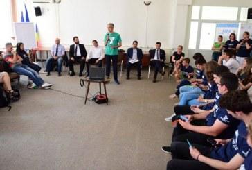 Tataru Florin Cristian: TINERII BAIMARENI ISI DORESC RESPECT SI NORMALITATE