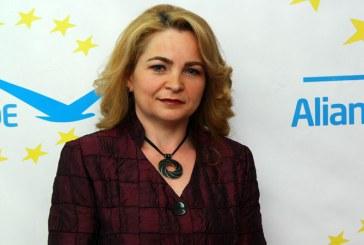 INDRAZNITI MAI MULT!VOTATI CU INCREDERE ALDE!VOTATI Gabriela Ana-Maria Maries Les, candidat ALDE la Primaria municipiului Baia Mare!