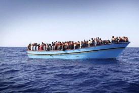 Italia reia operatiunile de recuperare a unei nave scufundate anul trecut cu sute de migranti la bord