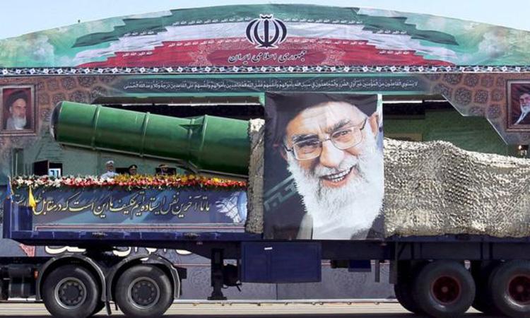 Bazele SUA se afla in raza de actiune a rachetelor iraniene, avertizeaza un comandant iranian