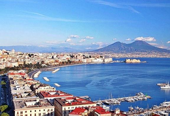 Municipalitatea din Napoli vrea sa apere reputatia orasului dandu-i in judecata pe cei care il defaimeaza