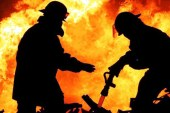 Incendiu la o anexa gospodareasca din Borsa si la un cos de fum din Sighetu Marmatiei