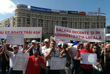 Sindicalistii din administratie nu renunta la aplicarea legii salarizarii unitare