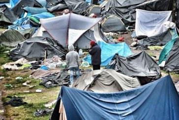 Franta: O tabara ilegala cu peste 1.000 de migranti, evacuata din nou in nordul Parisului